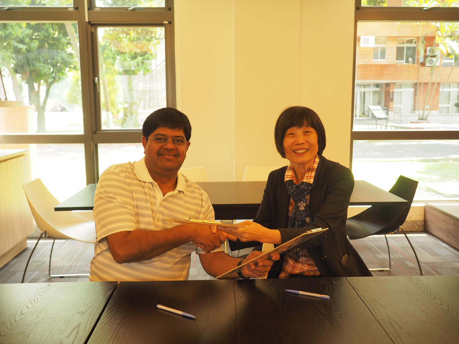 Asia Centre signs MOU with Soochow University's Human Rights Centre